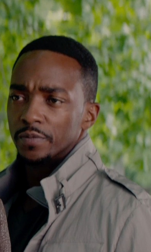 Anthony Mackie with HOGAN Mid-length jacket in Captain America: The Winter Soldier