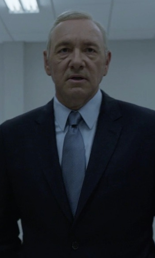 Kevin Spacey with Armani Collezioni G-Line New Basic Two-Piece Wool Suit in House of Cards