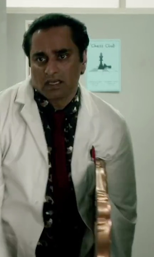 Sanjeev Bhaskar with Calvin Klein X Liquid Luxe Skinny Solid Tie in Absolutely Anything