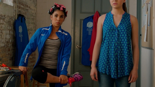 Chrissie Fit with Ideology Ruched Knee Cropped Leggings in Pitch Perfect 2