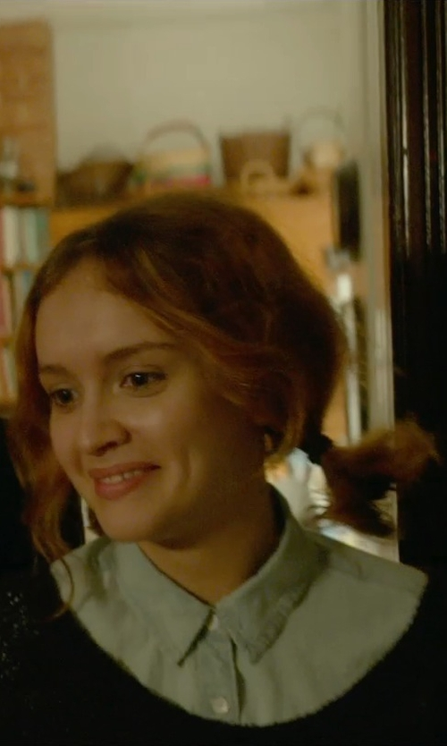 Olivia Cooke with American Vintage Oram Long Sleeve Sweater in Me and Earl and the Dying Girl