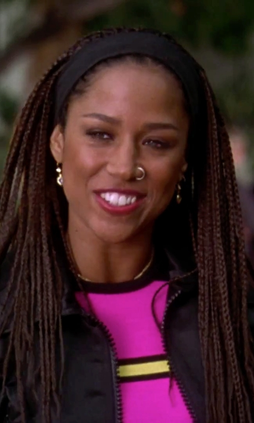 Stacey Dash with Ohne Titel Texture Zip Crop Top in Clueless