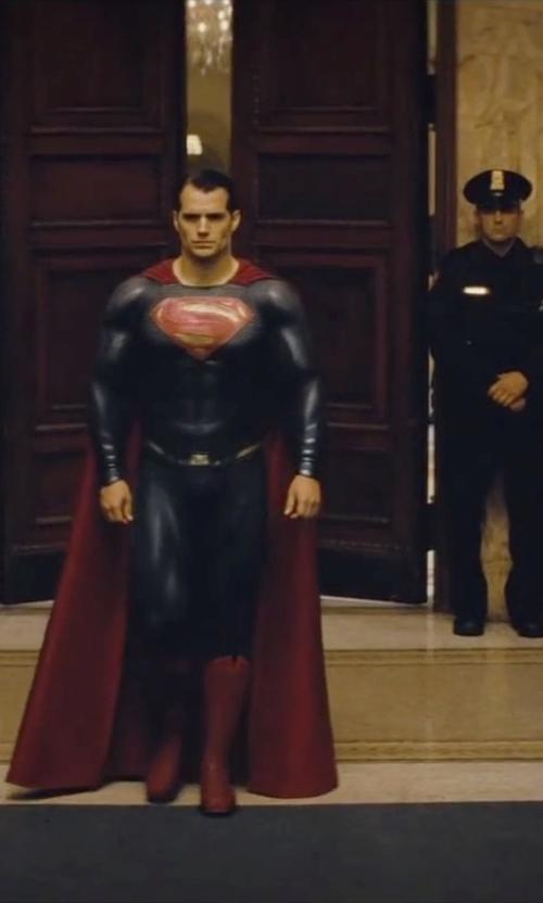 Henry Cavill with Michael Wilkinson (Costume Designer) Custom Made 'Superman' Suit (Clark Kent) in Batman v Superman: Dawn of Justice