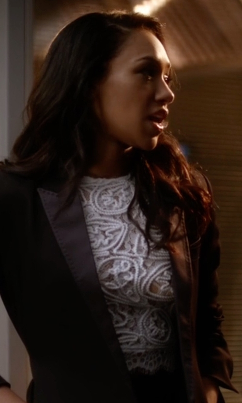 Candice Patton with Forever 21 Textured Lace Crop in The Flash
