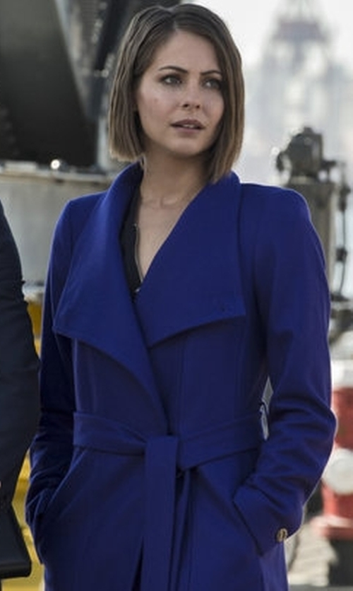 Willa Holland with Ted Baker London Lorili Long Wool Wrap Coat in Arrow