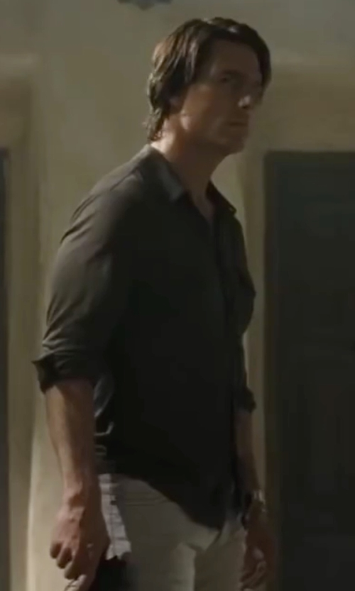 Tom Cruise with Ralph Lauren Cotton Twill Workshirt in Mission: Impossible - Ghost Protocol