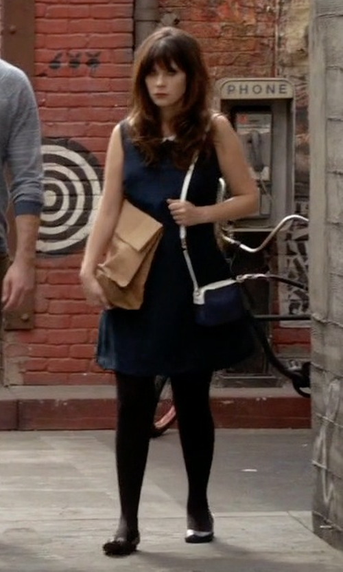 Zooey Deschanel with Frye Olive Ballet Flat Shoes in New Girl