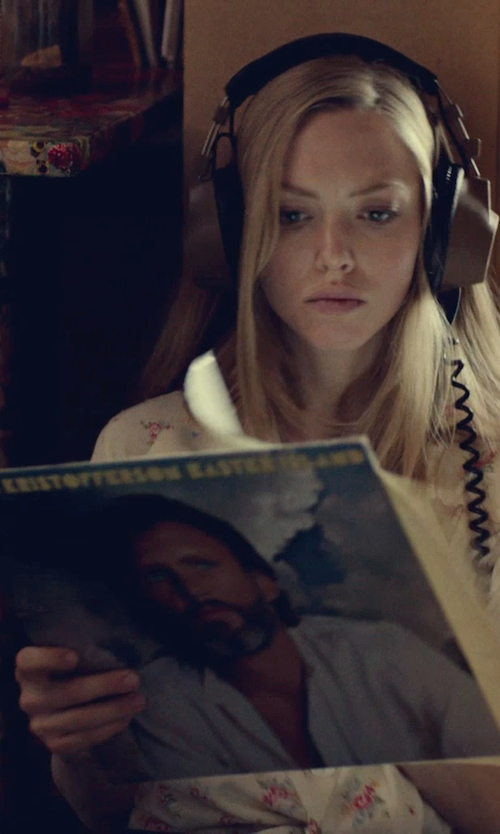 Amanda Seyfried with Kris Kristofferson Easter Island Vinyl in While We're Young