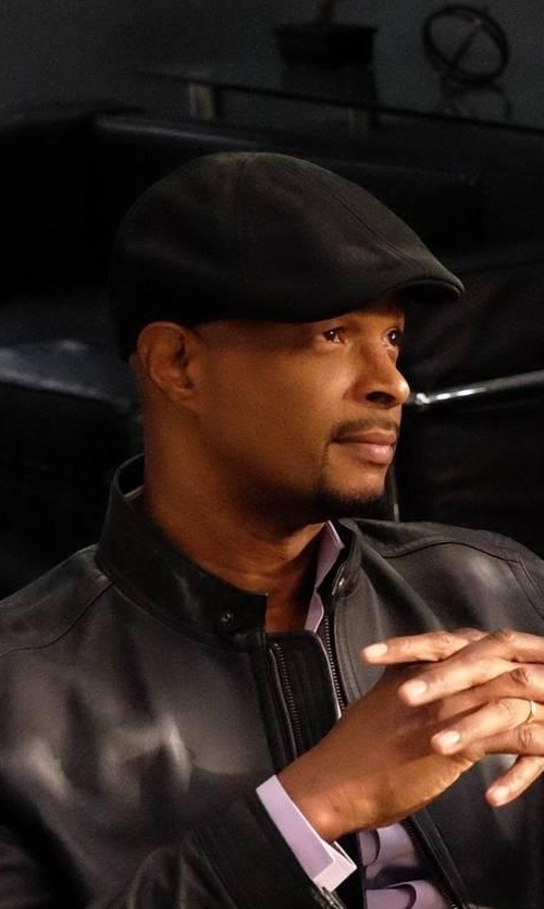 Damon Wayans with Barneys New York Ivy Cap in Lethal Weapon