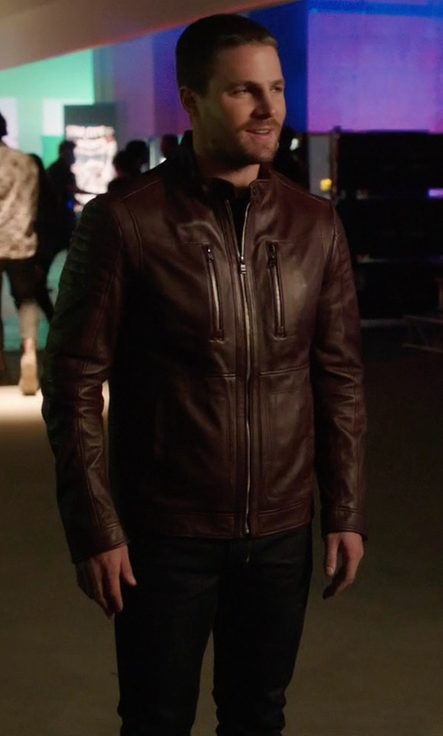 Stephen Amell with Neuw 'Lou' Slim Fit Jeans in Arrow