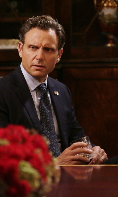 Tony Goldwyn with Saint Laurent Classic Formal Suit in Scandal