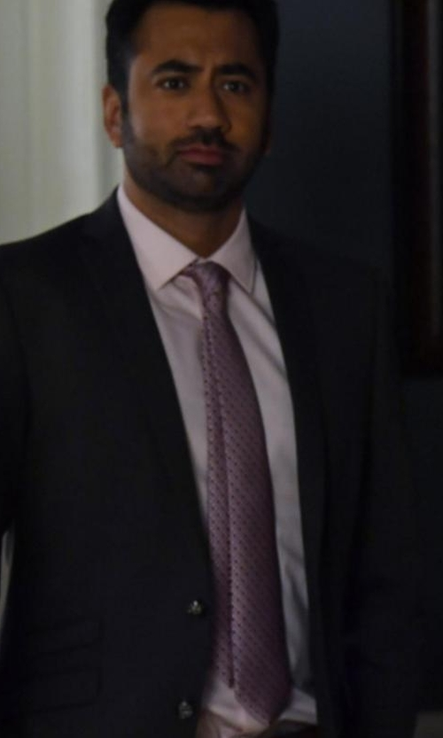 Kal Penn with Tom Ford O'Connor Base Solid Two-Piece Wool Master Twill Suit in Designated Survivor