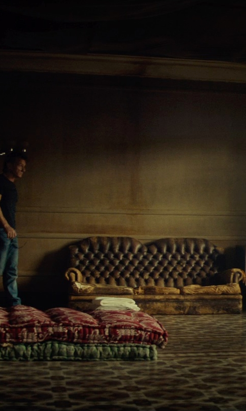 Sean Penn with Lazzaro Chesterfield Leather Sofa in The Gunman