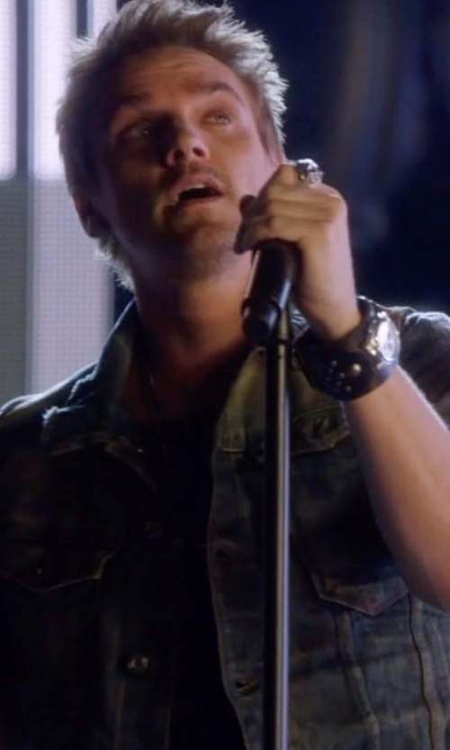 Riley Smith with 3rd & Army Vest 'Renegadedark Indigo Cotton Denim Cutoff 'Renegade' Vest in Nashville