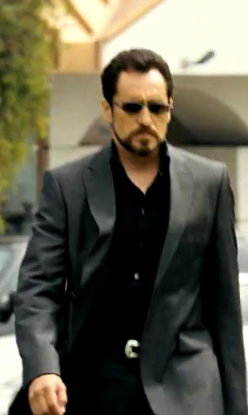 Demian Bichir with Theory Slyvain Solid Dress Shirt in Savages