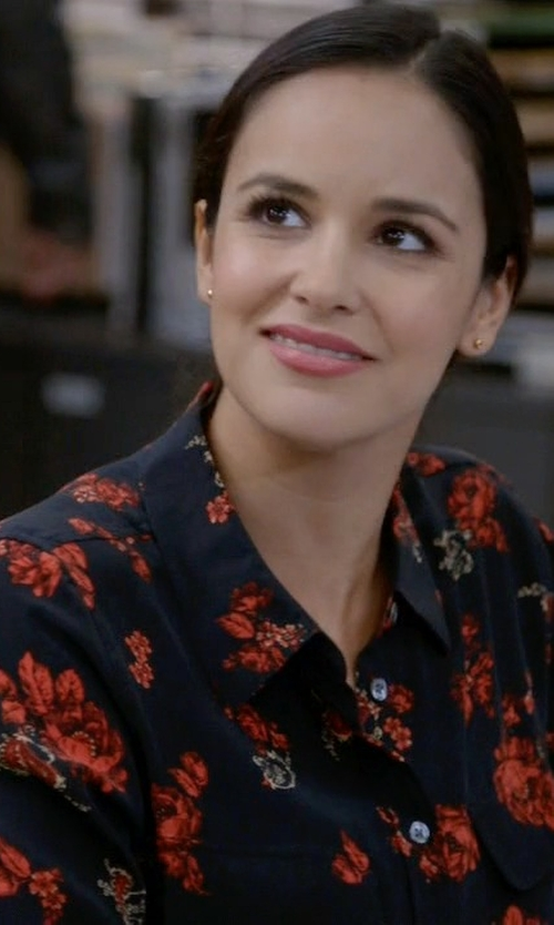 Melissa Fumero with Equipment Slim 'Signature' Blouse in Brooklyn Nine-Nine
