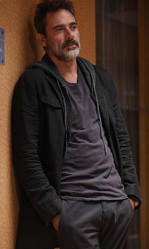 Jeffrey Dean Morgan with Nautica Berber Full-Zip Hoodie Jacket in The Good Wife