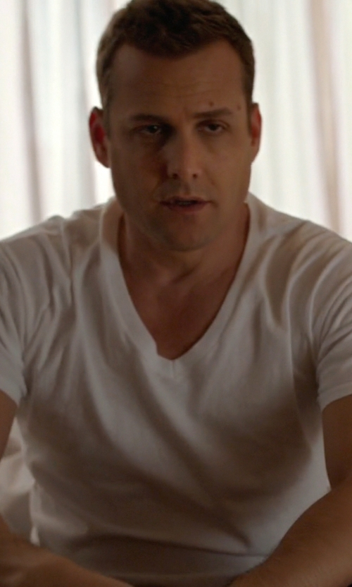 Gabriel Macht with Hanro Pure T-Shirt in Suits