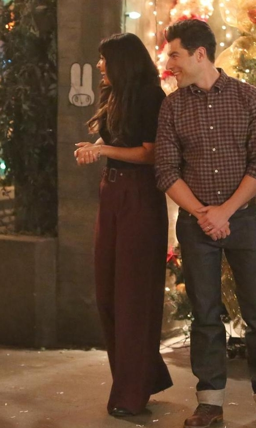 Hannah Simone with Milly Hayden Pintuck Trousers in New Girl