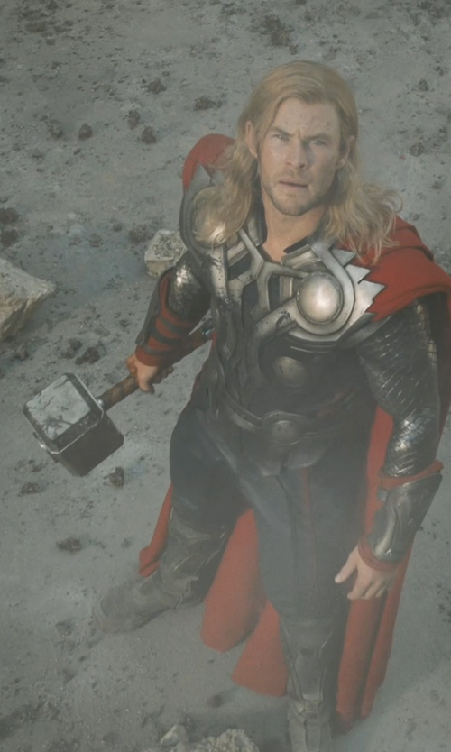 Chris Hemsworth with Andy Park (Concept Artist) Thor's Mjolnir in Marvel's The Avengers