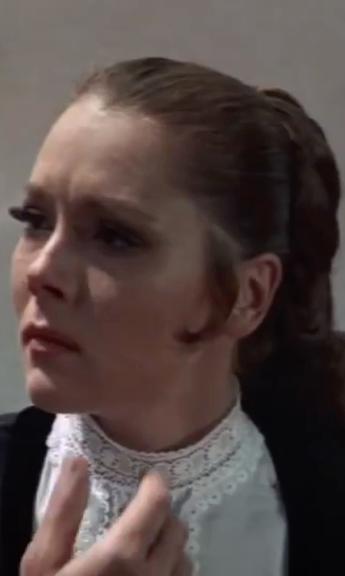 Diana Rigg with La Camicia Bianca Longsleeve Lace Blouse in On Her Majesty's Secret Service