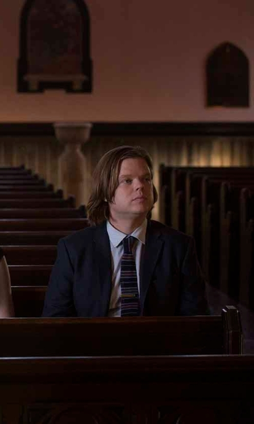Elden Henson with Haggar Heritage Horiz Stripe Tie in Daredevil
