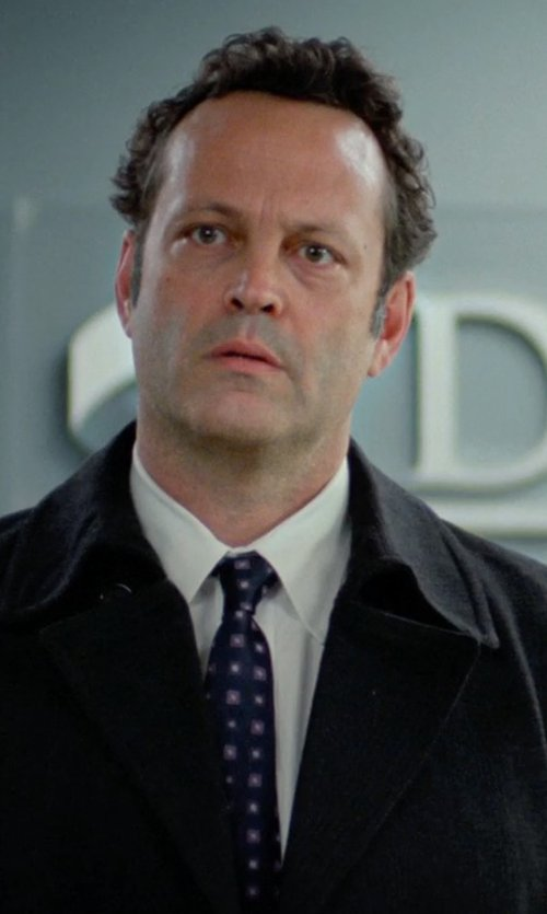 Vince Vaughn with Forzieri Outlined Diamond Pattern Woven Silk Tie in Unfinished Business