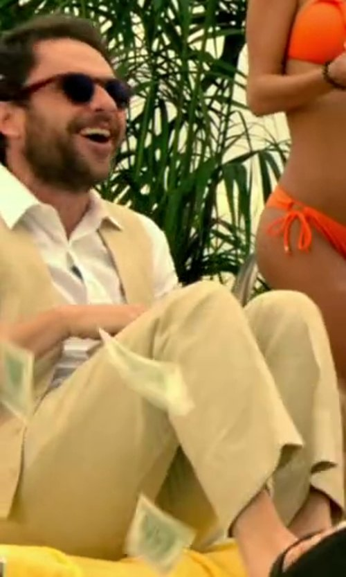 Charlie Day with Cardi International Tuxedo Vest in Horrible Bosses 2