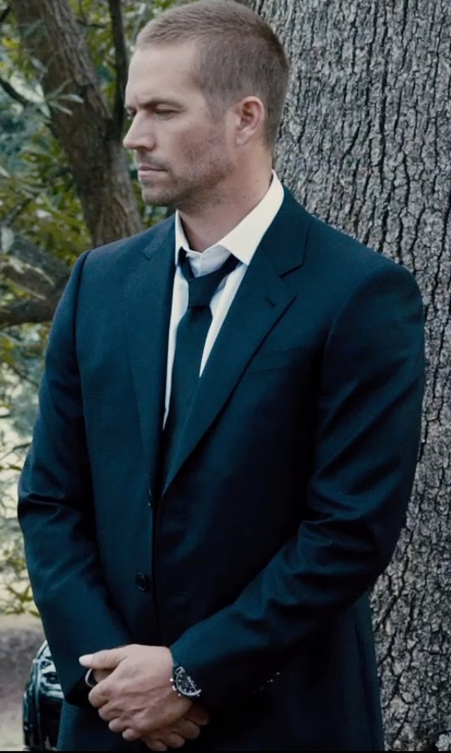 Paul Walker with Versace City-Fit 2-Button Wool Suit in Furious 7