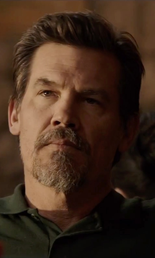 Josh Brolin with Lacoste Polo Shirt in Everest