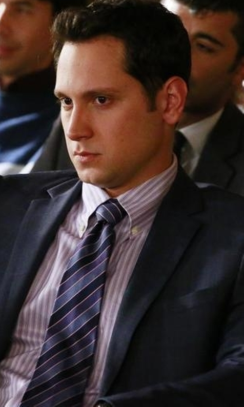 Matt McGorry with Boss Hugo Boss Rep-Striped Silk Tie in How To Get Away With Murder