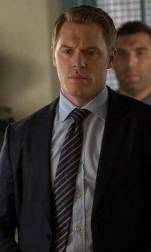 Diego Klattenhoff with Tagliatore Two Piece Suit in The Blacklist
