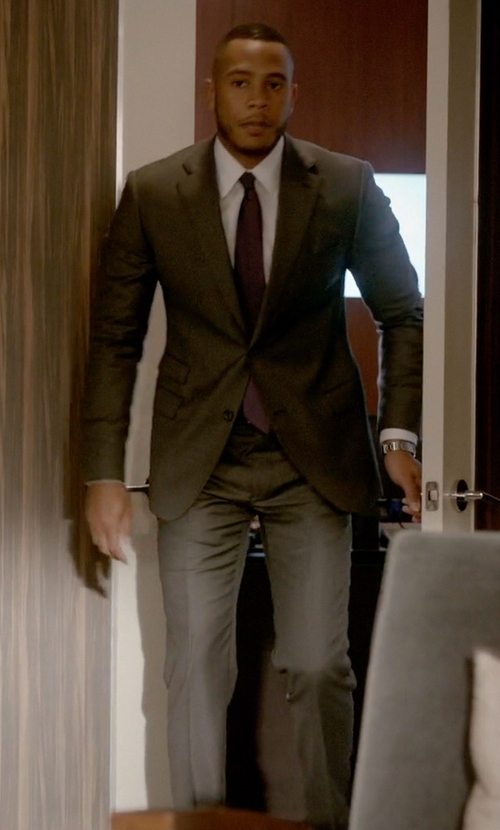 Trai Byers with Boglioli Alton Two-Button Suit-Grey in Empire