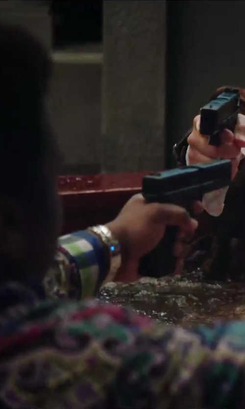 Craig Robinson with Glock Ges.m.b.H. Glock 17 in Hot Tub Time Machine 2