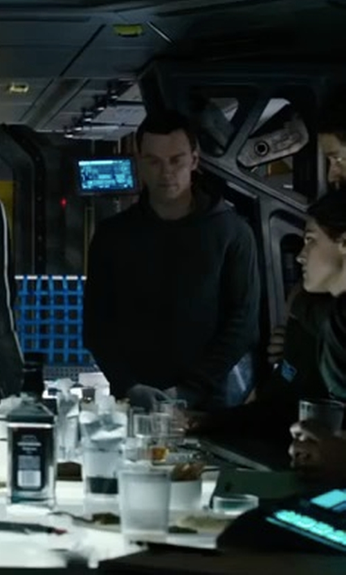 Michael Fassbender with Agolde Legacy Hoodie in Alien: Covenant