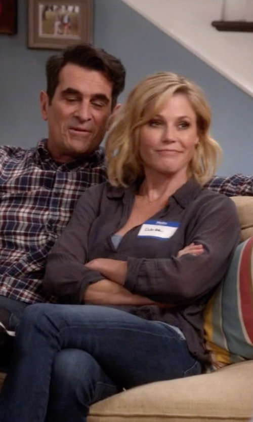 Julie Bowen with Lucky Brand Sofia Skinny Jeans in Modern Family