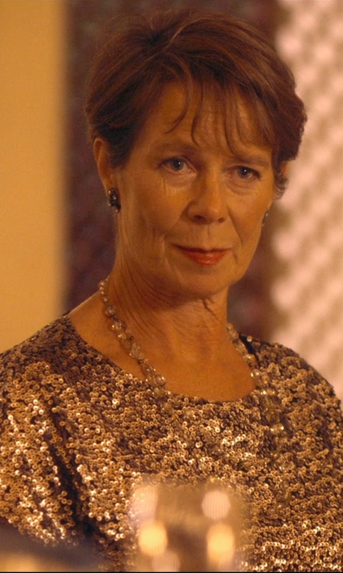 Celia Imrie with Tom Binns Long Three Strand Crystal Necklace in The Second Best Exotic Marigold Hotel