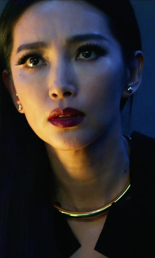 Bingbing Li with bloomingdales 14 Kt. Yellow Gold Daped Disc Earrings in Transformers: Age of Extinction