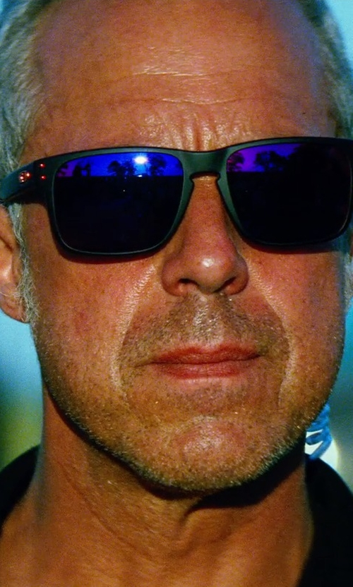 Titus Welliver with Oakley Red Iridium Sunglasses in Transformers: Age of Extinction