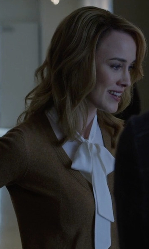 Dominique McElligott with Barneys New York Cashmere V-Neck Sweater in House of Cards