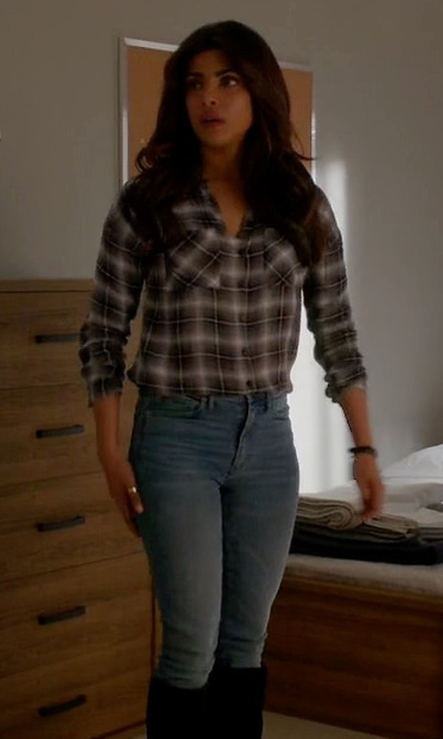 Priyanka Chopra with Loft Relaxed Skinny Jeans in Quantico