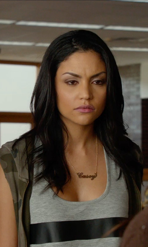 Bianca A. Santos with Jennifer Zeuner Abigail-Style Personalized Name Necklace in The DUFF