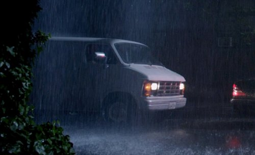 Chevrolet Express in A Walk Among The Tombstones