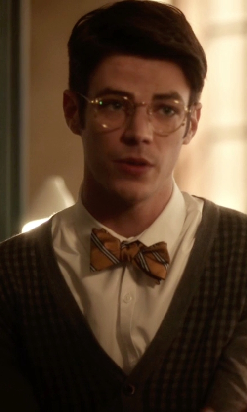 Grant Gustin with TS(S) V Neck Cardigan in The Flash
