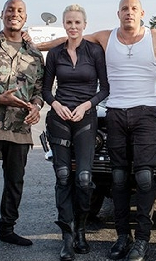 Charlize Theron with Vince Stretch-Linen Cargo Pants in The Fate of the Furious