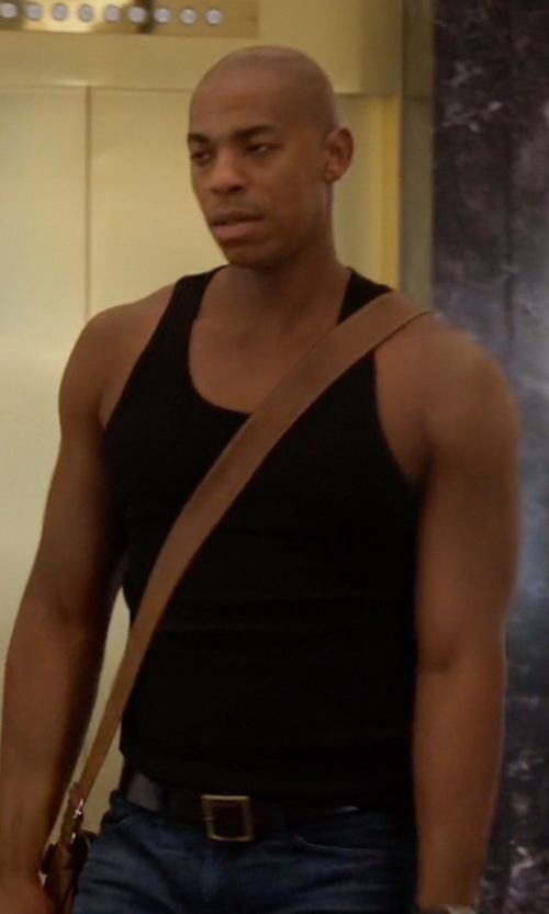 Mehcad Brooks with Boss Hugo Boss Buddy Leather Belt in Supergirl
