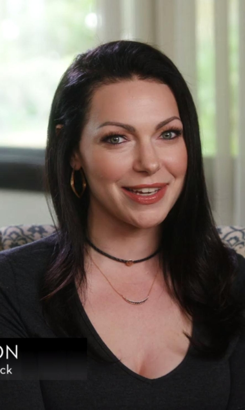 Laura Prepon with ATM Anthony Thomas Melillo  Long-Sleeve V-Neck Tee in Chelsea