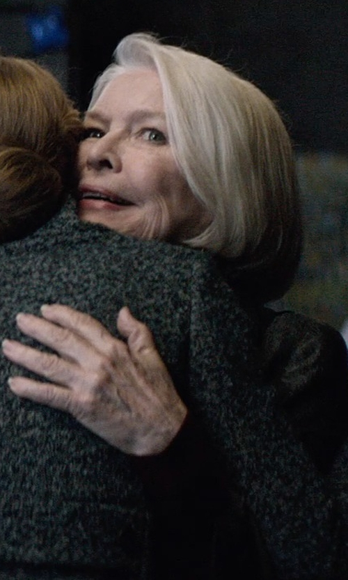 Ellen Burstyn with Roland Mouret Long Sleeve T-Shirt in The Age of Adaline