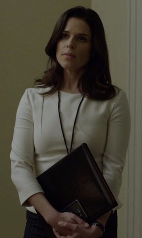 Neve Campbell with Reiss Erol Long-Sleeved Jersey Top in House of Cards