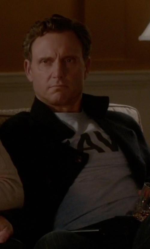 Tony Goldwyn with Armed Forces Gear Navy Physical Training T-Shirt in Scandal